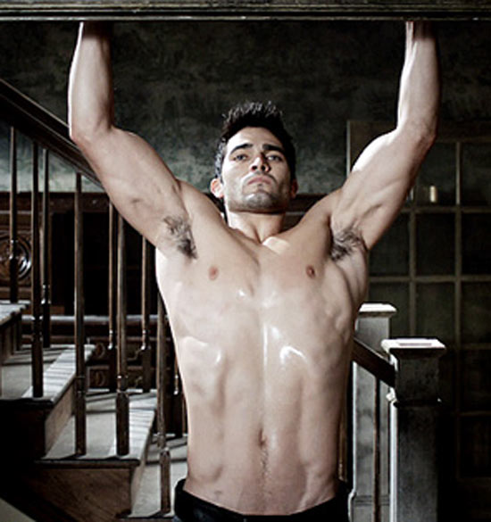 tyler hoechlin weight
